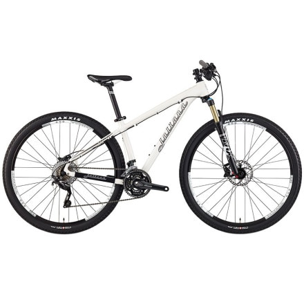 Juliana Nevis Primeiro Complete Mountain Bike