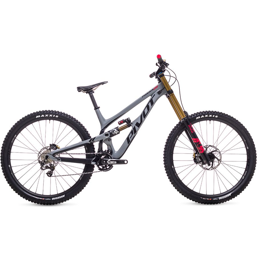 Pivot 29 Carbon Saint Mountain Bike