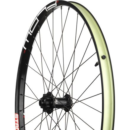 Stan's NoTubes Flow MK3 27.5in Wheelset - Bike Build