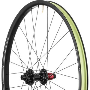 Stan's NoTubes Arch CB7 27.5in Boost Wheel