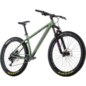 Santa Cruz Bicycles Chameleon 27.5+ R1 Complete Mountain Bike - 2017