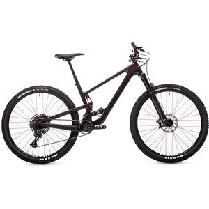Santa Cruz Bicycles 29 Carbon R Complete Mountain Bike